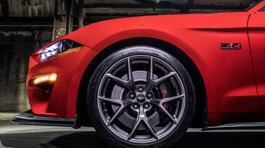 Ford Mustang GT Performance Pack Level 2 – wheels