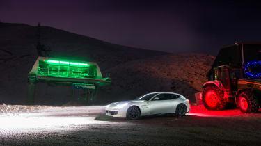 Ferrari GTC4 Lusso T - night front
