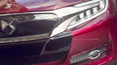 Citroen DS Wild Rubis SUV headlight