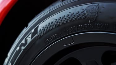 Dodge Demon tyres
