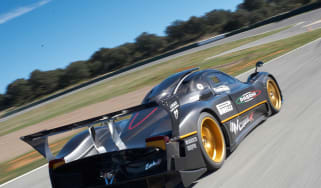 Pagani Zonda R on-track video