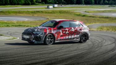 Audi RS3 mule 2020 SB – slide