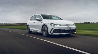 Volkswagen Golf GTD 2021 review - low tracking