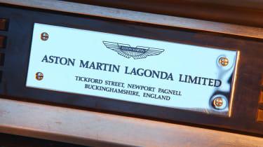 Aston Martin Vantage 600 badge