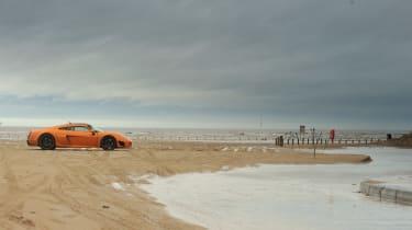 Noble M600 - beach shot