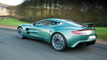 Aston Martin One-77 carbonfibre chassis