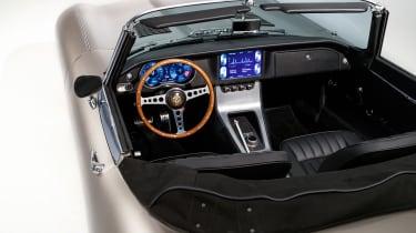 Jaguar Classic E-type Zero production - Interior