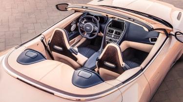 Aston Martin DB11 Volante - cabin