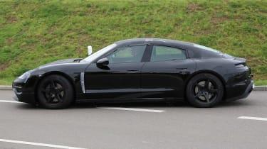 Porsche Mission E - profile