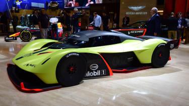 Aston Martin Valkyrie AMR Pro – side