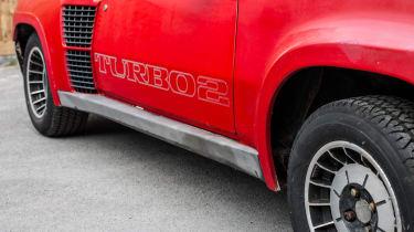 Renault 5 Turbo 2 Evolution Type 8221 – rear haunch