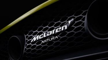 McLaren Artura lead up -