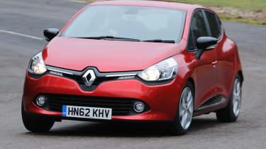2013 Renault Clio cornering