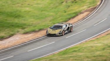 Lamborghini Sian - pan