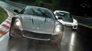 Porsche 911 GT2 RS v Ferrari 599 GTO