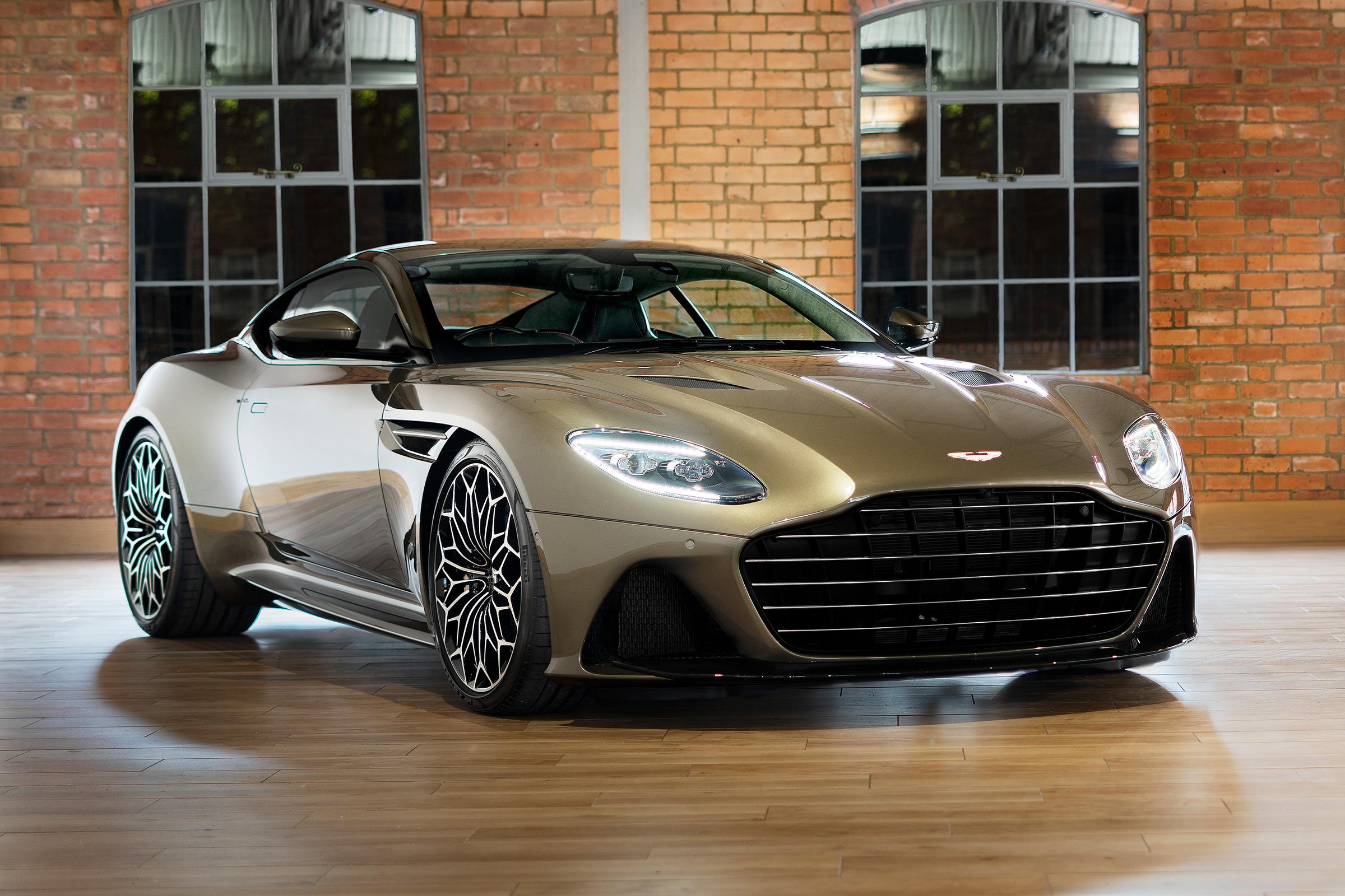 Special Edition 007 Aston Martin Dbs Superleggera Revealed Evo