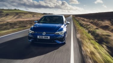 Volkswagen Golf R 2021 review - tracking