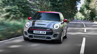 Mini John Cooper Works hatch 2019 facelift front tracking