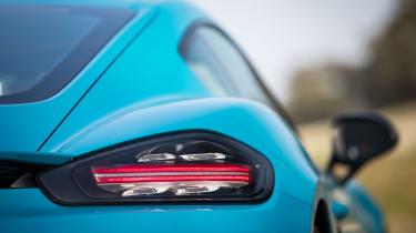 Porsche 718 Cayman T review - lights
