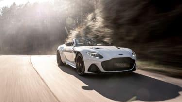 Aston Martin DBS Superleggera Volante - nose
