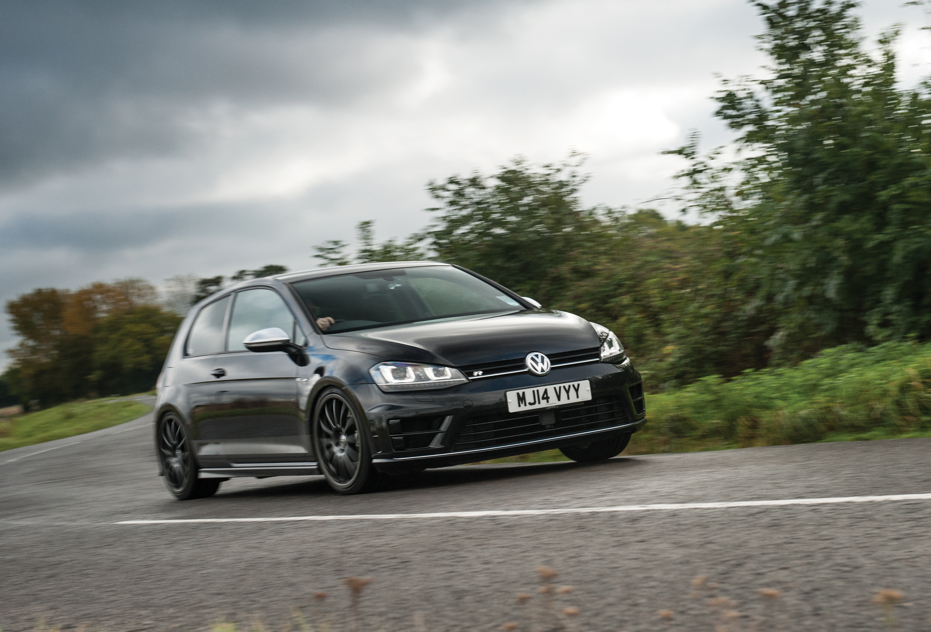Revo Volkswagen Golf R Review Price Specs And 0 60 Time Evo