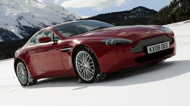 Video: Aston Martin on Ice