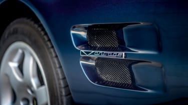 Aston Martin Vantage V550 - vent