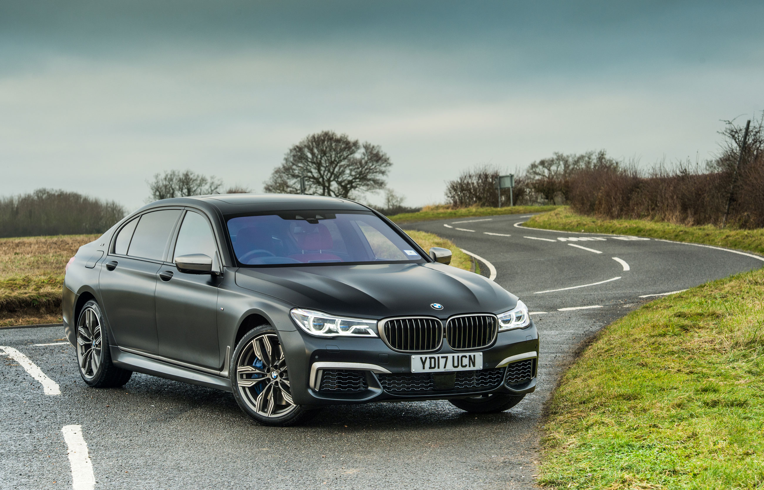 Bmw M760 Li Xdrive Review Prices Specs And 0 60 Time Evo