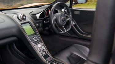 McLaren 12C Spider – interior
