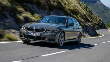 BMW 3-series Touring 2019 - nose