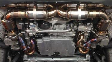 200mph sand Porsche 911 Turbo