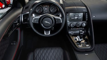 2018 Jaguar F-type SVR - Interior
