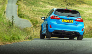 Fiesta ST Edition – rear cornering