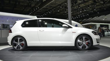 VW Golf GTI revealed at the Paris motor show