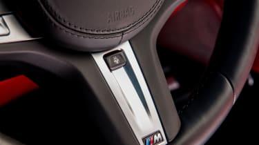 BMW M760Li xDrive - Steering wheel