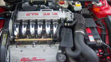 Alfa Romeo 156 GTA engine