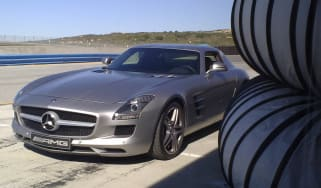 Mercedes SLS AMG supercar