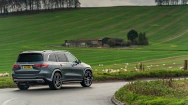 Mercedes GLS400d UK drive - rear cornering