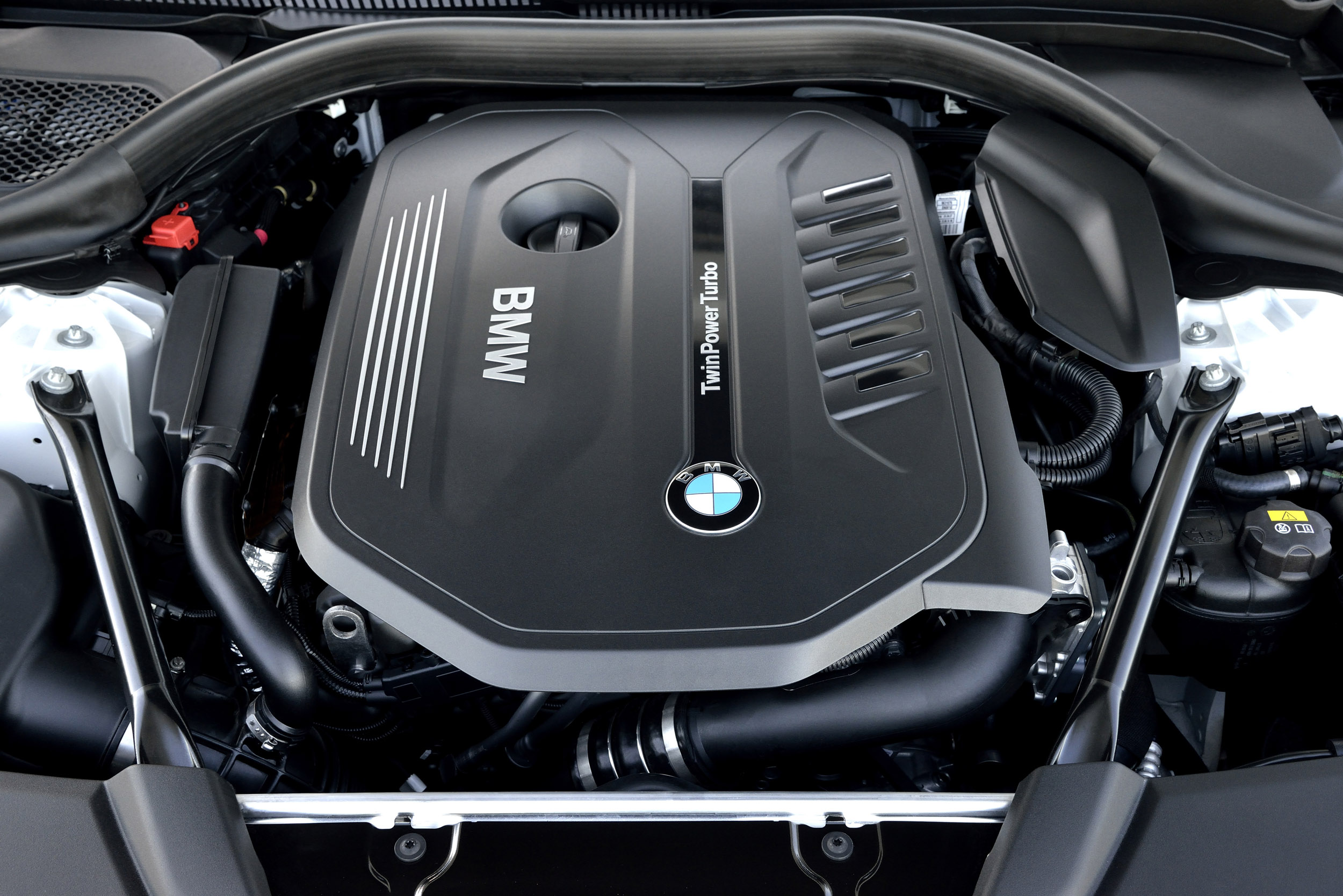 BMW 540i review - Petrol 'six plays second fiddle to the