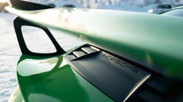 Porsche 911 GT3 RS snow - engine cover