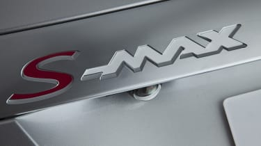 Ford S-MAX SCTi badge