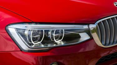 BMW X4 xDrive30d - Headlight