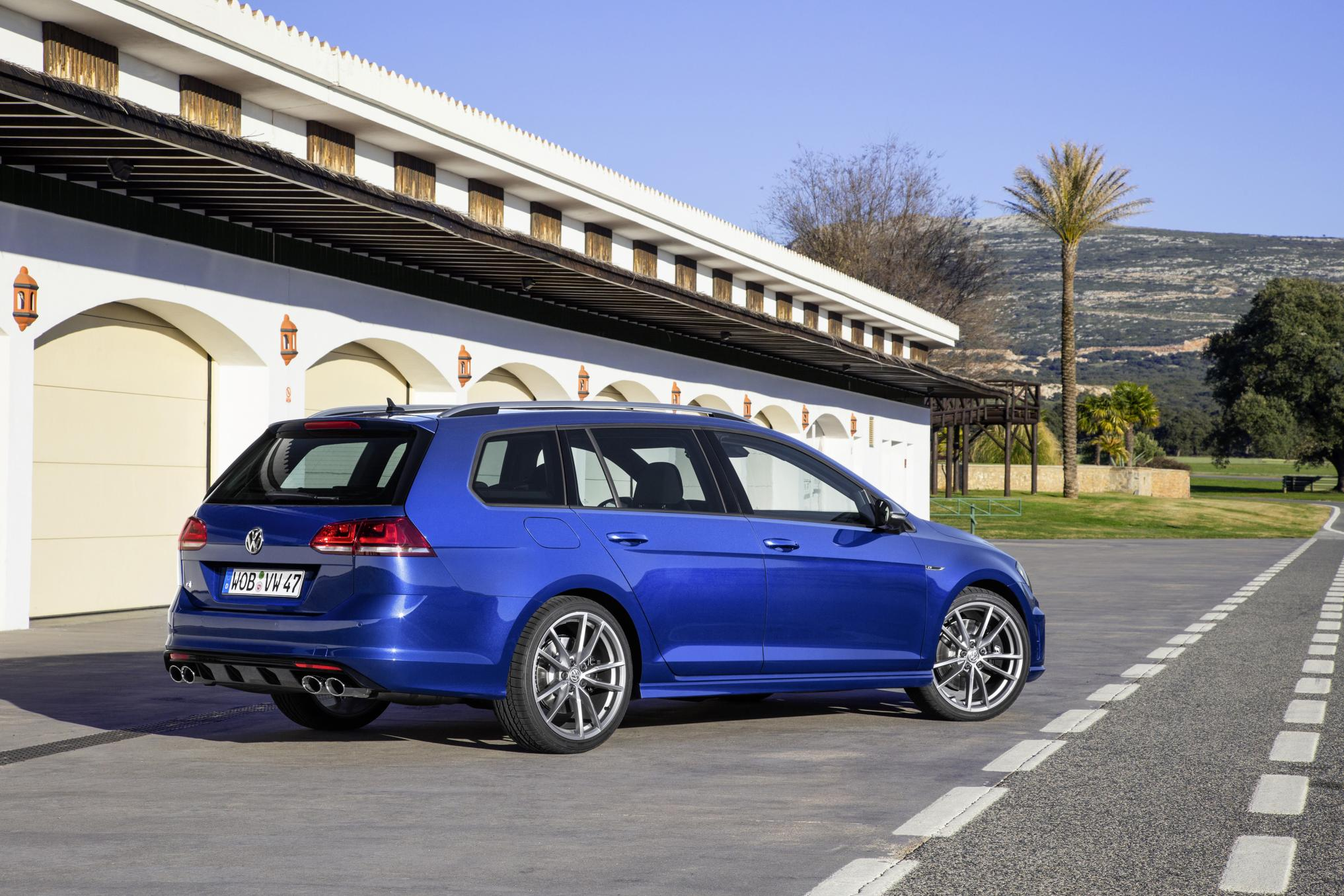 Volkswagen Golf R Estate Review Prices Specs And 0 60 Time Evo