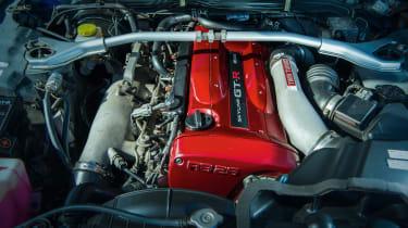 Nissan Skyline GT-R R34 - engine