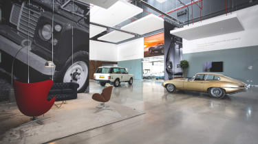 Jaguar Land Rover Classic Works - Foyer