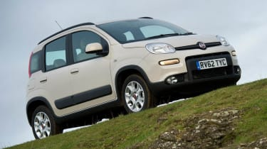 2013 Fiat Panda Trekking white front