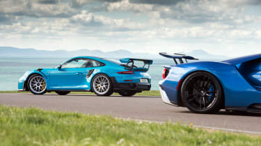 Road-legal supercars – Ford GT and Porsche 911 GT2 RS