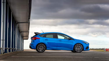 Ford Focus RS Edition – side