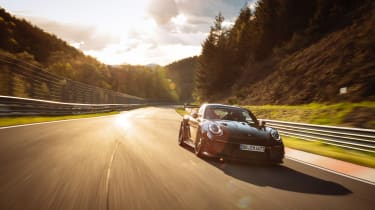 Manthey Racing 911 GT2 RS – tracking