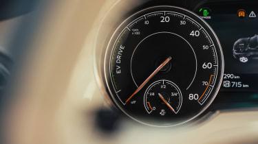 Bentley Bentayga PHEV - dials